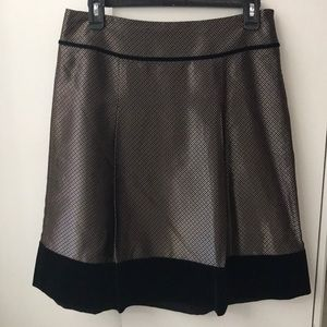Ann Taylor Gold and Black A-Line skirt